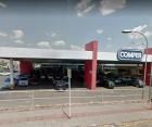Alguns clientes estão reclamando da cobrança pelo estacionamento no supermercado