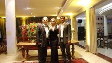 presidente da AMAMSUL, Fernando Cury, com o pai Eduardo Cury e a acompanhante