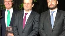 Advogado Daniel Castro lança livro em Brasília