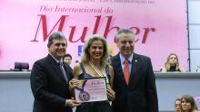 O presidente da Câmara Municipal, vereador João Rocha, Adriana Resende Corrêa, e o presidente da Assembleia Legislativa, deputado Paulo Corrêa