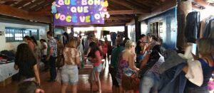 Bazar solidário arrecada dinheiro para ajudar animais abandonados