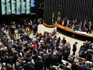 Câmara resiste a contrapartidas de Estados em acordo