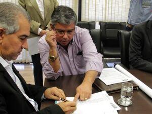 Azambuja entrega obras e lança investimentos em Bela Vista