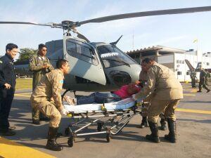 Gestante é socorrida por helicóptero da Marinha