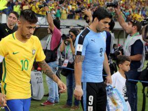 Brasil enfrenta o Uruguai com dois desfalques