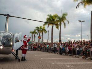 Papai Noel chegará de helicóptero em shopping da capital
