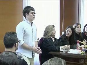 Brasileiro que matou parentes é condenado a prisão perpétua na Espanha