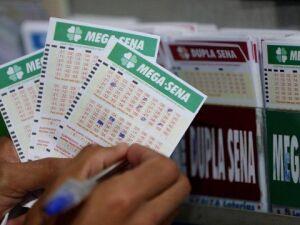 Mega pode pagar prêmio de R$ 42 milhões neste sábado