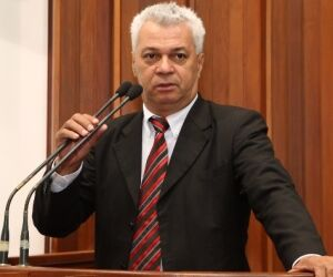 Deputado quer construção do 3º cemitério público da Capital