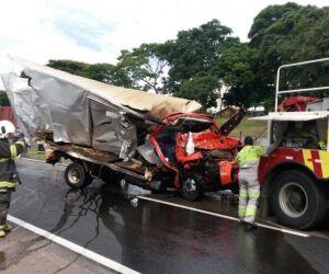 Sul-mato-grossense morre em engavetamento com três caminhões em São Paulo