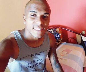 Ex-jogador do Vasco é morto a tiros no litoral de São Paulo