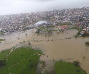 Chuvas afetam 23 cidades catarinenses e devem continuar no fim de semana