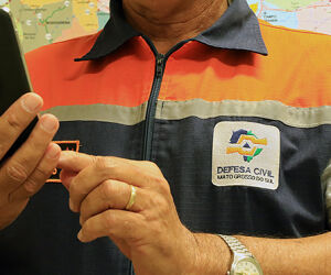 Defesa Civil inicia envio de SMS com alerta de desastres naturais