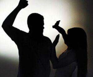 Marido enforca a mulher e ameaça matá-la com faca de cozinha