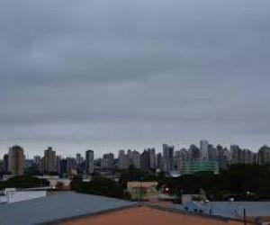 Quarta-feira de Cinza amanhece nublada e com previsão de chuva