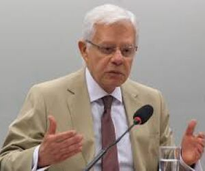 Moreira Franco: investir em defesa é fundamental para o desenvolvimento do país