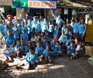 Crianças carentes visitam 80ª Expogrande