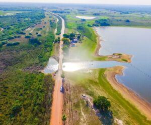 """""""Vamos ligar o pantanal com estradas transitáveis o ano todo"""", diz Azambuja"""