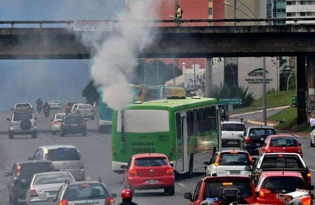Mudar transporte contra aquecimento global requer apoio, dizem especialistas