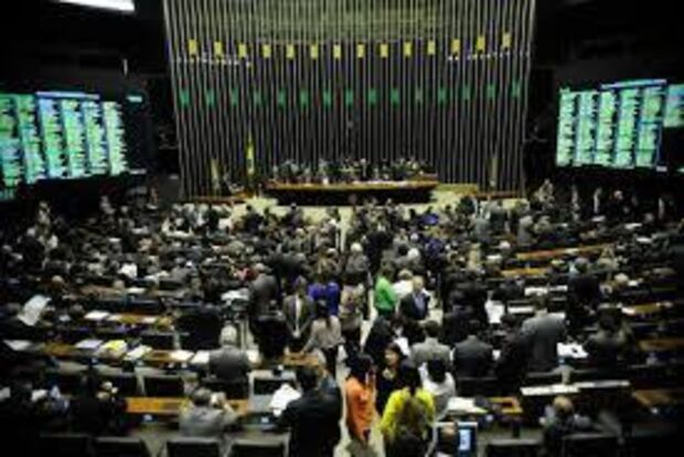 Nova regra de parcelamento de dívidas de pequenas empresas é aprovada pela Câmara