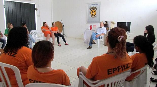 Programa promove ações de combate ao tabagismo nas penitenciárias