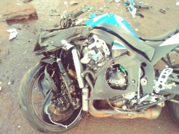 Acidente na BR-267 deixa motociclista ferido