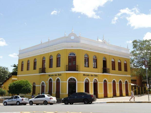 Morada dos Baís tem samba nesta quarta-feira