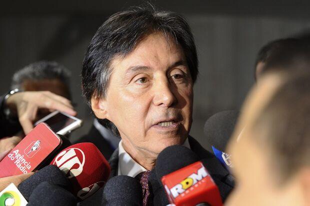 Pré-candidatura de Maia não atrapalha a pauta do Congresso, diz Eunício