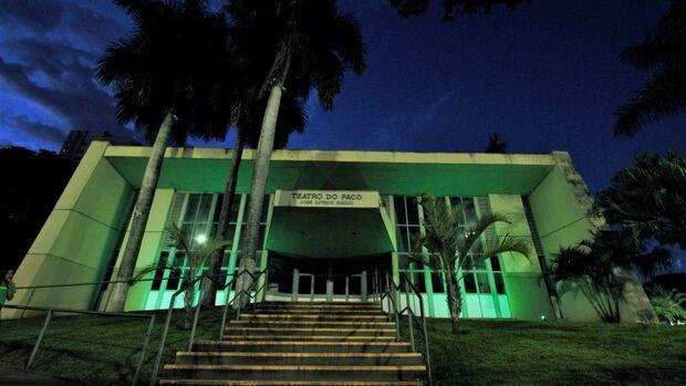 Teatro do Paço e Obelisco serão iluminados em alusão ao 'Abril Verde'