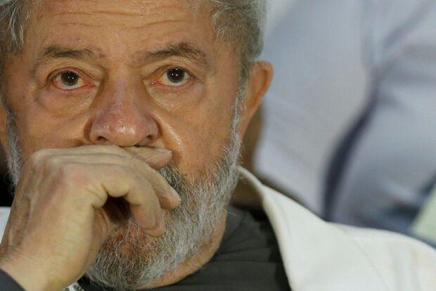 Senadores se preparam para verificar condições de prisão de Lula