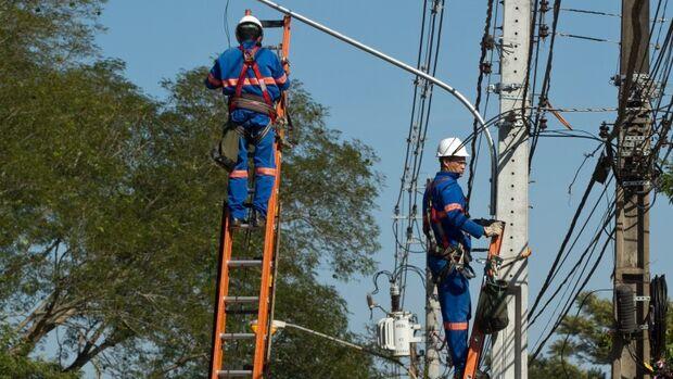 Manutenção da iluminação pública será retomada sexta-feira