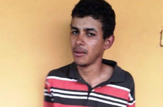 Jovem é preso acusado de abusar e matar a pedradas a própria bisavó