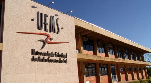 UEMS abre inscrições para docentes temporários