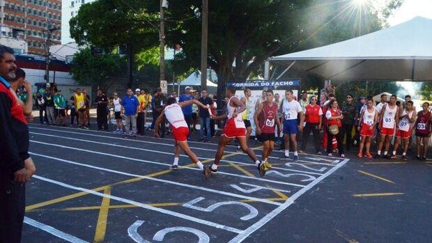 """""""Corrida do Facho"""" terá a participação de 12 equipes femininas"""