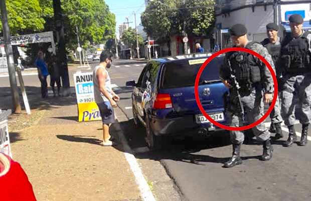 Vídeo: Agressividade, fuzil, polícia da show de truculência na distribuição de jornais
