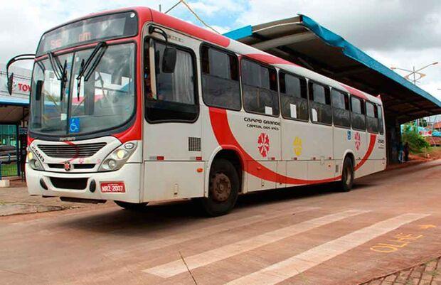 53 itinerários de ônibus serão alterados na segunda-feira