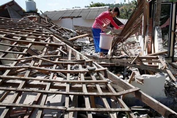 Número de mortos por terremoto na ilha de Lombok na Indonésia sobe para 321