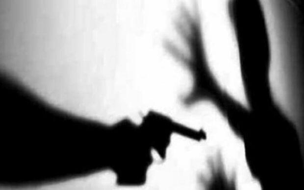 """""""Tatinha vida louca"""" ameaça família após ter som estragado"""