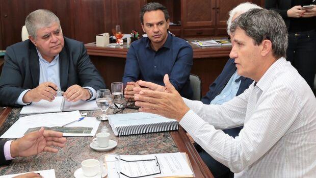 Prefeitura e governo federal querem concluir obras do macroanel