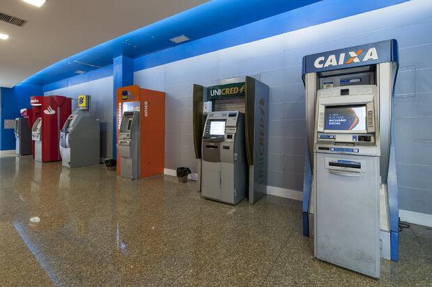 Boletos vencidos a partir de R$ 100 poderão ser recebidos por qualquer banco