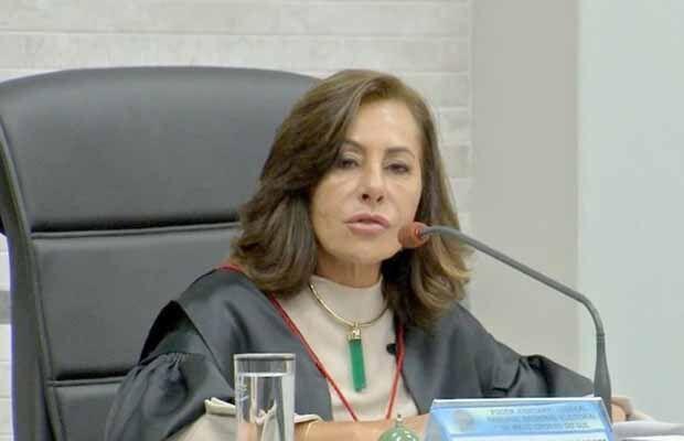 Afastada, desembargadora entra com ação no STF para retornar à presidência no TRE-MS
