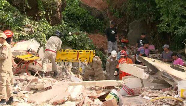 Deslizamento de terra deixa pelo menos três mortos em Niterói