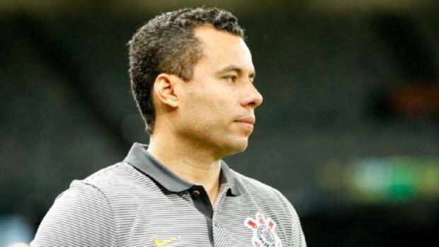 Corinthians demite o técnico Jair Ventura
