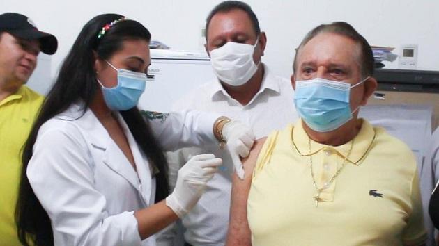 Prefeito de Uruçuí é vacinado contra a Covid