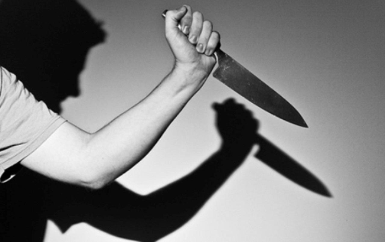 Resultado de imagem para desenho,mulher ataca homem com faca
