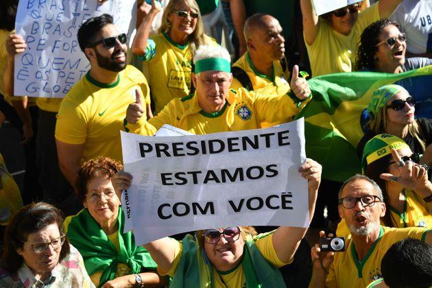 Passeata de apoio a Bolsonaro na capital terá início no Obelisco ...